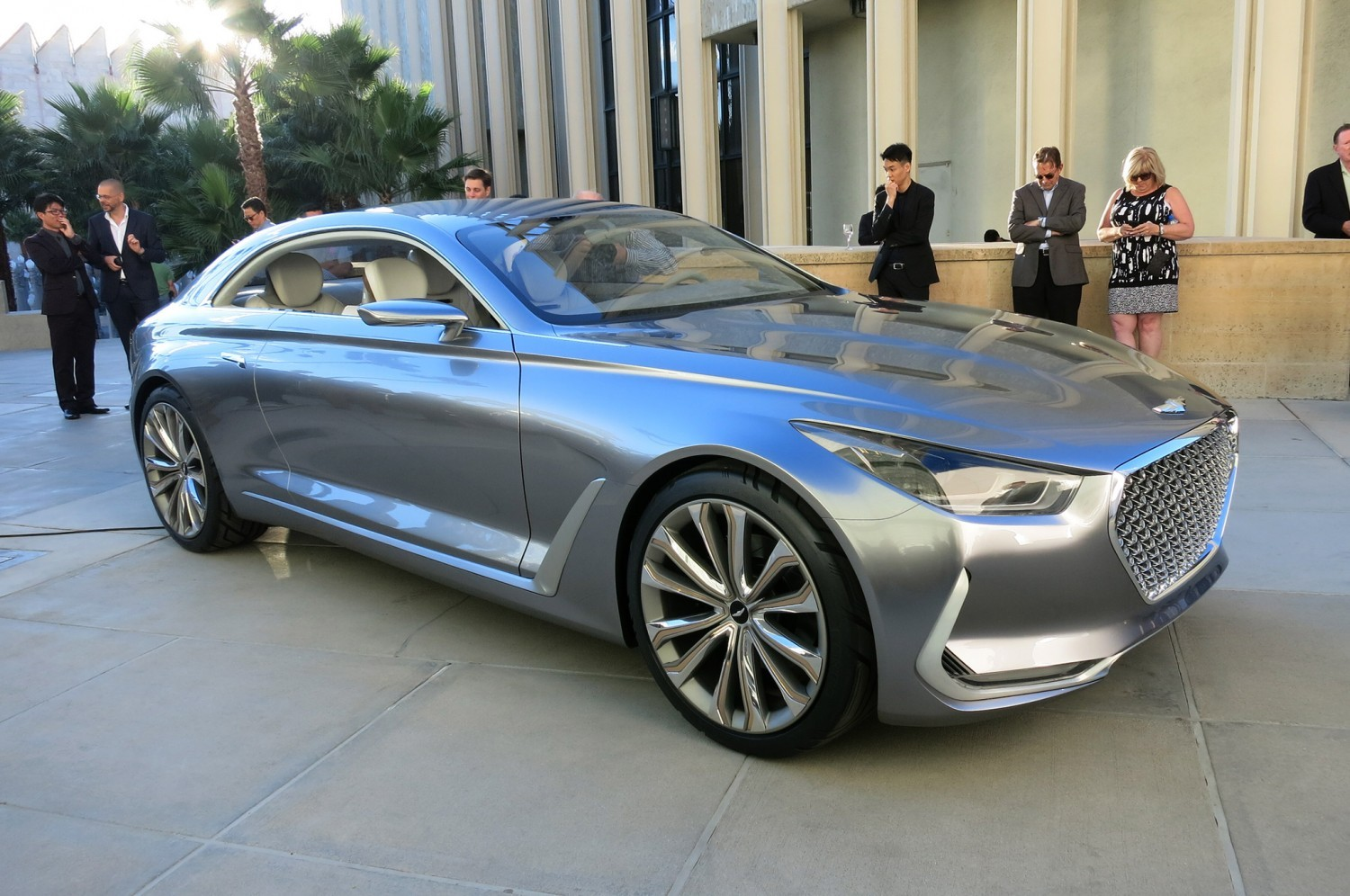 hyundai-vision-g-coupe-concept-live-reveal-front-three-quarter