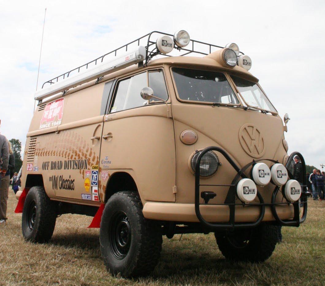 Et qui n'a pas la nostalgie du bon vieux fourgon combi qui vous emmenait à Katmandouou sur les pistes du Sahara !